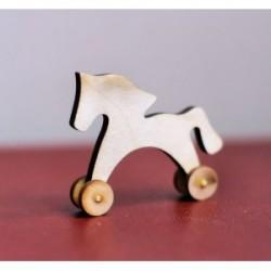 Лошадка на колесиках